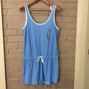 Gap Body  Blue print sleeveless romper M